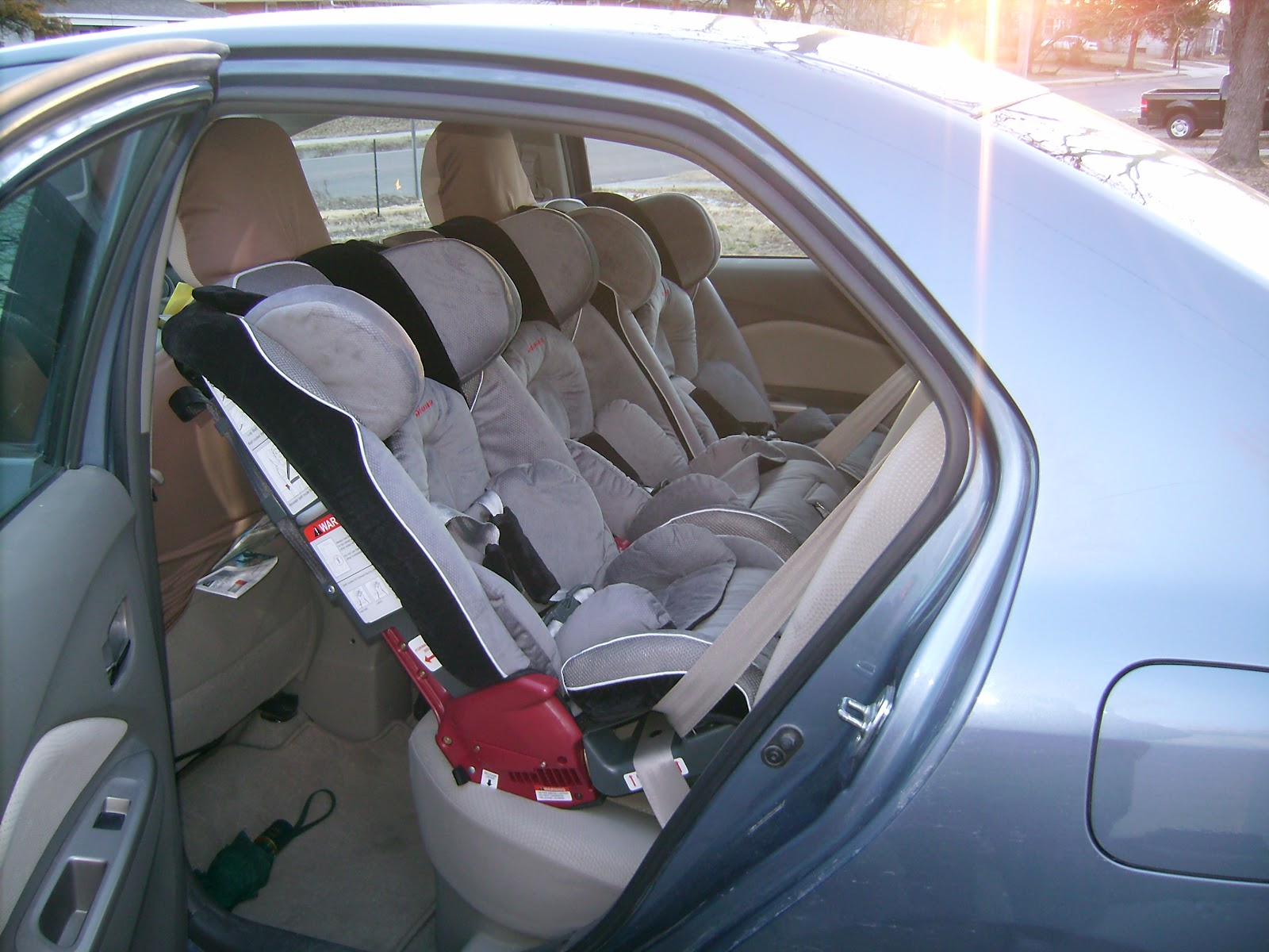 Forward Facing Car Seats That Will Fit  Across