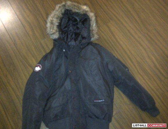 canada goose jacket live plucking