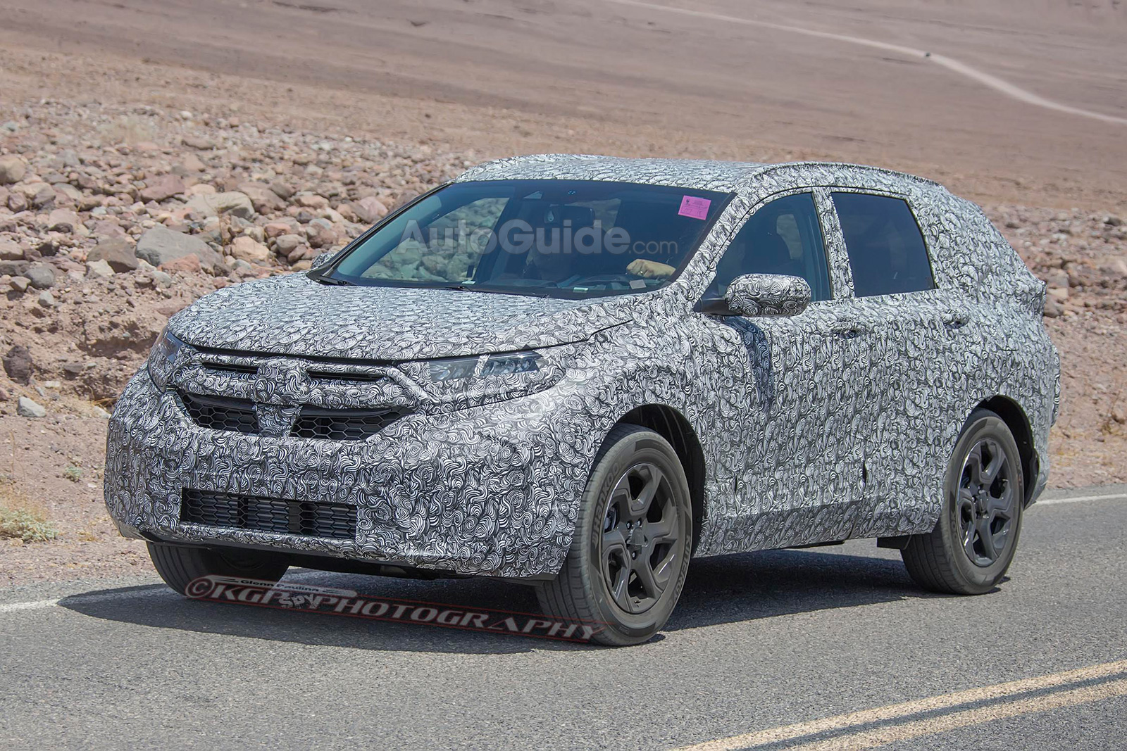 2018 Honda CR-V Spied for the First Time with Pilot-Inspired Design ...