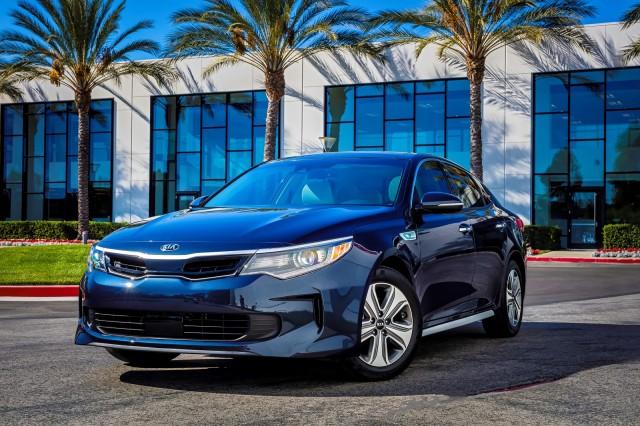 2017 Kia Optima Will Have A Hybrid Plug In Version And Wagon