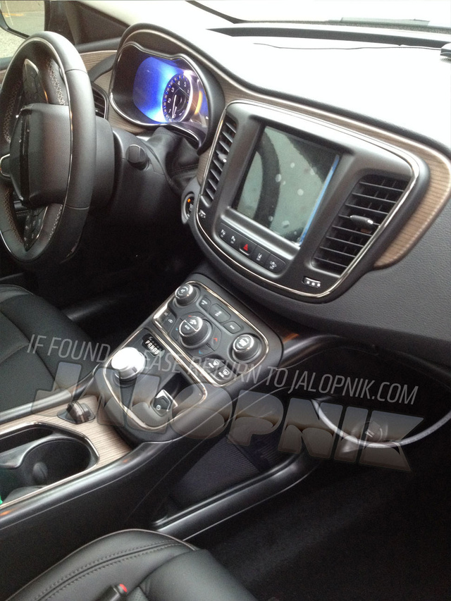 2015 Chrysler 200 Interior Leaked