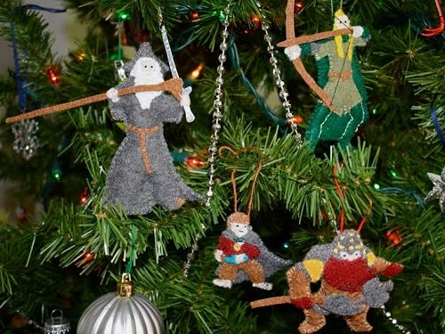 Lord Of The Rings Christmas Ornaments.10 More Holiday Gift Ideas For Geeks Redflagdeals Com