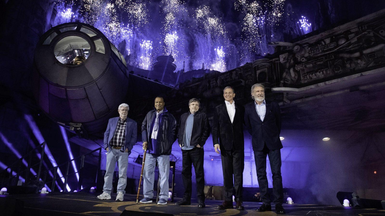 Star Wars Galaxy S Edge Opens At Disneyland Walt Disney World To Follow In August Redflagdeals Com